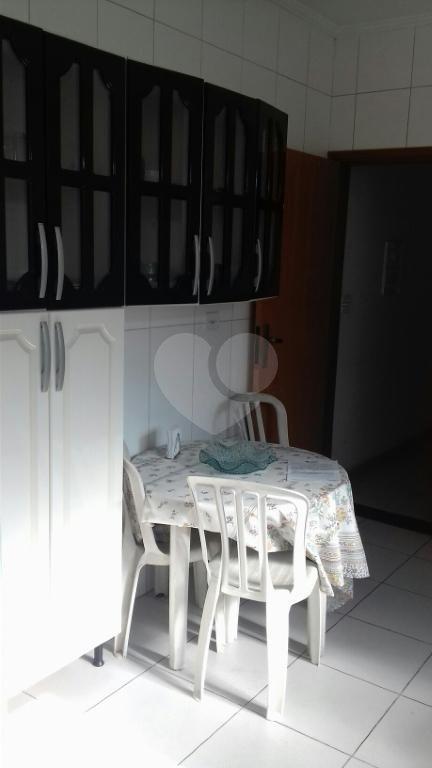 Venda Casa Santos Embaré REO331414 9