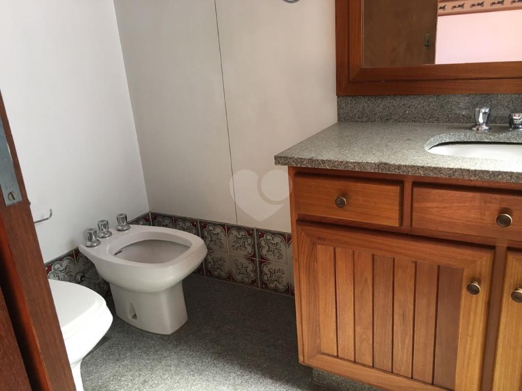 Venda Apartamento Belo Horizonte Lourdes REO331466 18