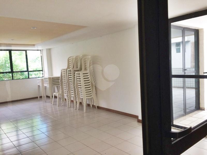 Venda Apartamento Salvador Costa Azul REO334422 15
