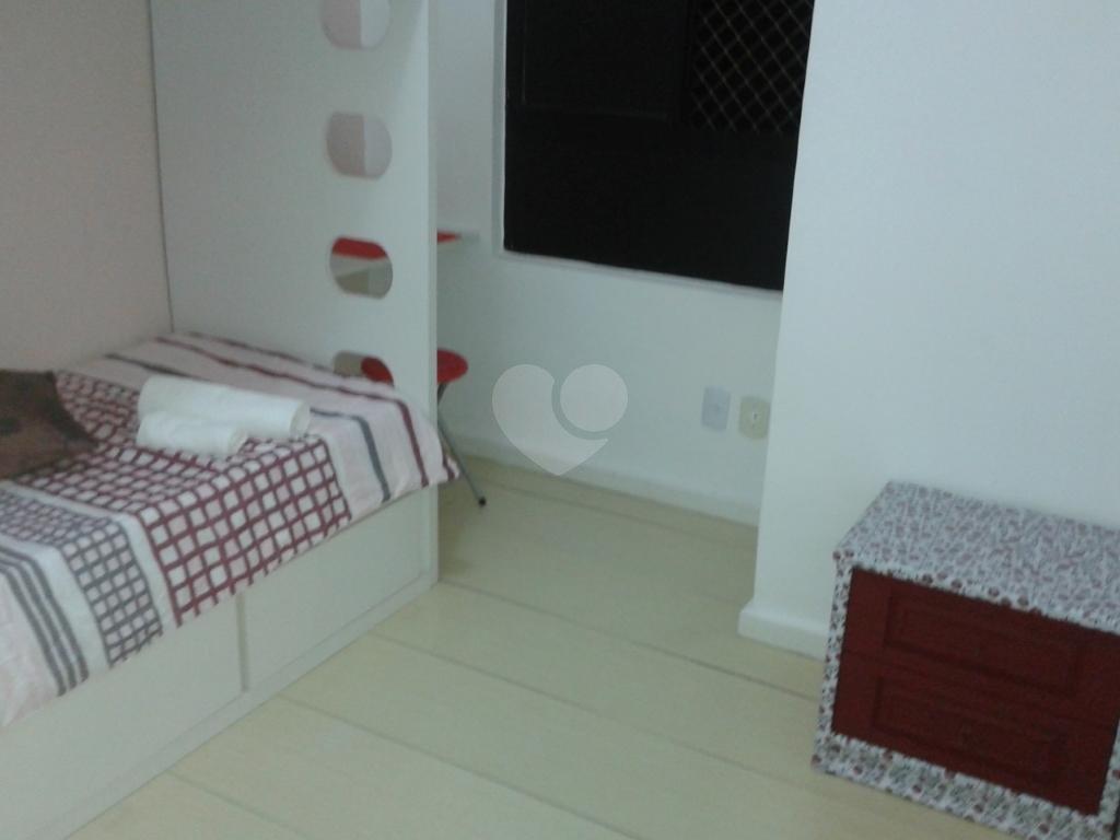 Venda Apartamento Salvador Costa Azul REO334422 10