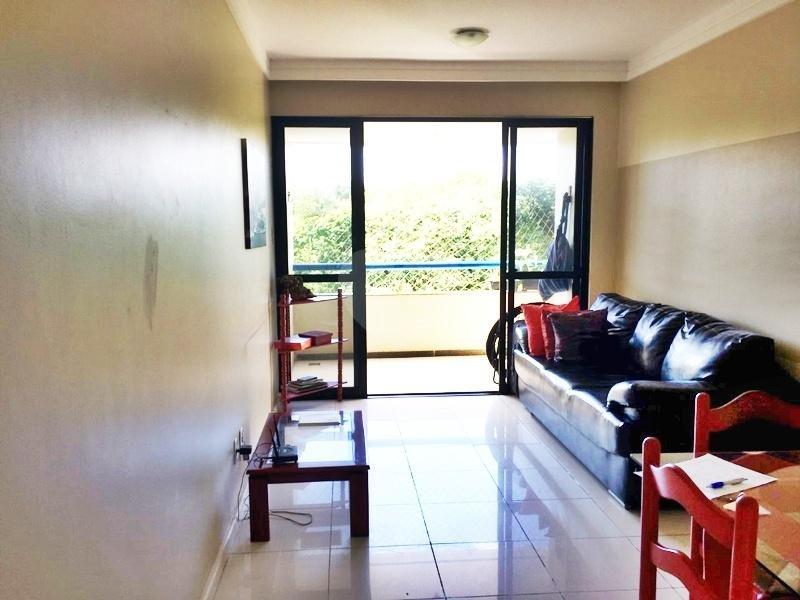 Venda Apartamento Salvador Costa Azul REO334422 4