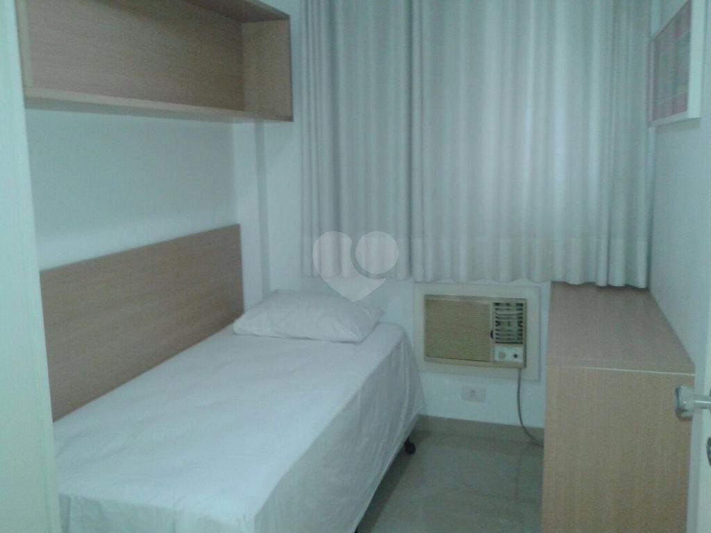 Venda Flat Santos Gonzaga REO349069 10