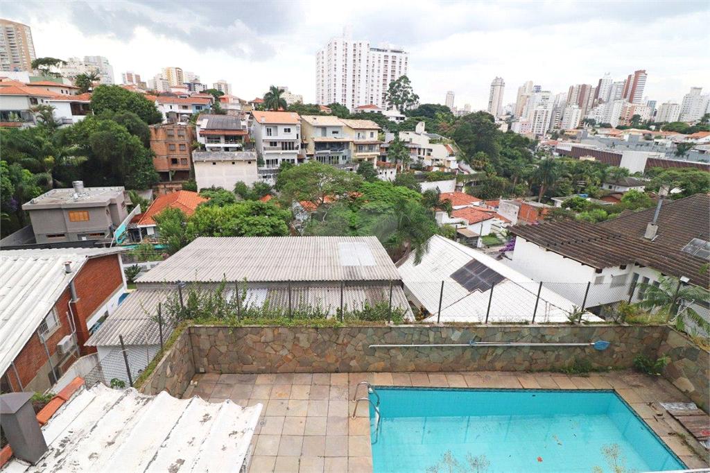 Venda Sobrado São Paulo Sumaré REO35810 15