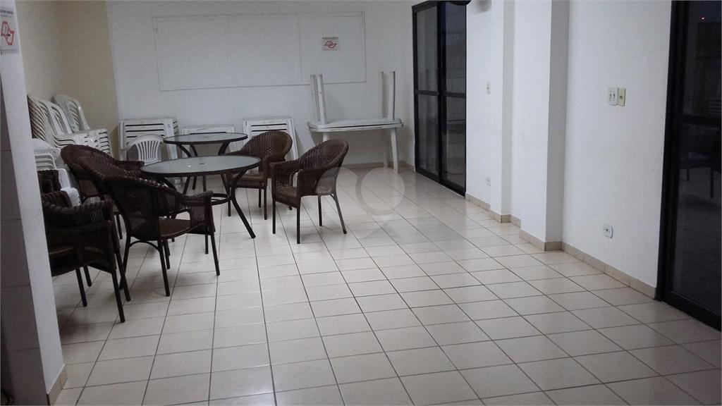 Venda Apartamento Santos Embaré REO369614 41