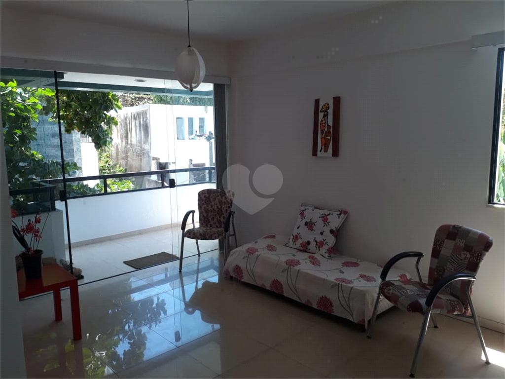 Venda Apartamento Salvador Rio Vermelho REO370137 3