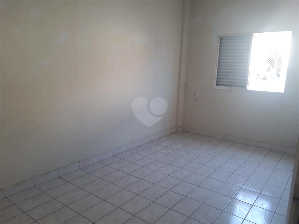 Aluguel Apartamento São Vicente Centro REO375312 4