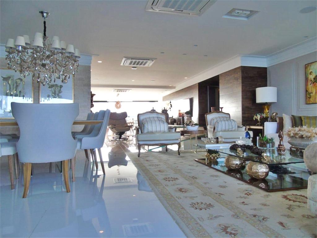 Venda Apartamento Salvador Barra REO387281 7