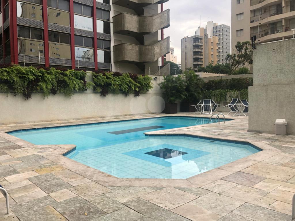 Venda Apartamento São Paulo Moema REO389650 18
