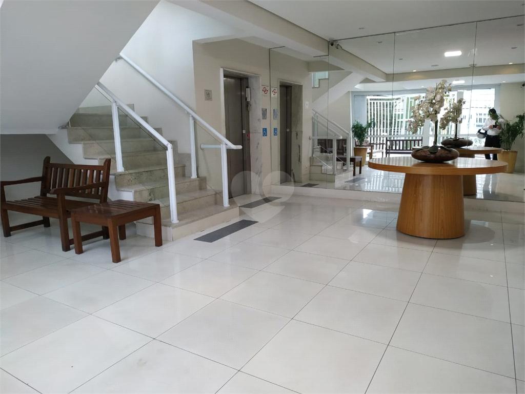 Venda Apartamento Santos Vila Mathias REO397552 39
