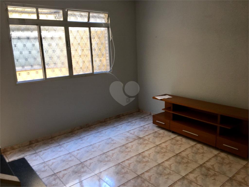Venda Casa de vila Santos Macuco REO398407 1