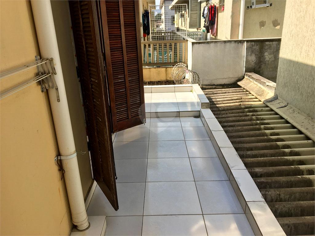 Venda Casa de vila Santos Macuco REO398407 2