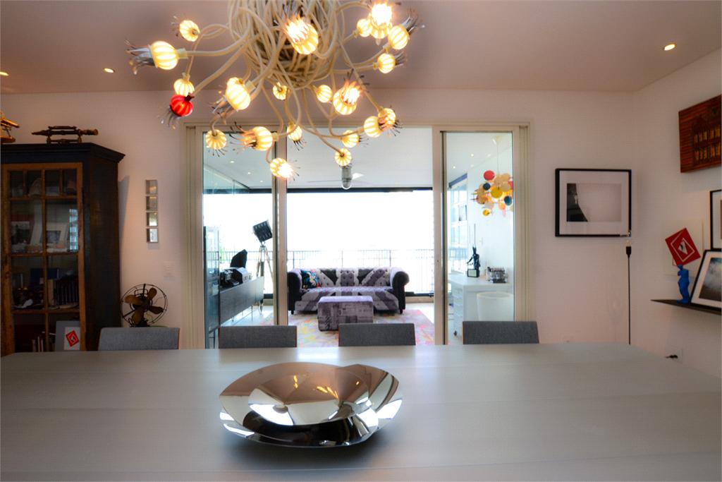 Venda Apartamento São Paulo Paraíso REO400396 35