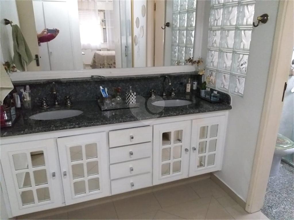 Venda Apartamento Santos Gonzaga REO401658 28