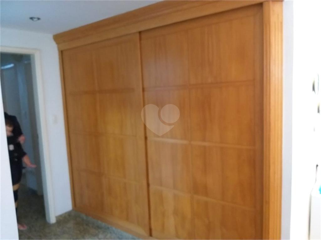 Venda Apartamento Santos Gonzaga REO401658 9