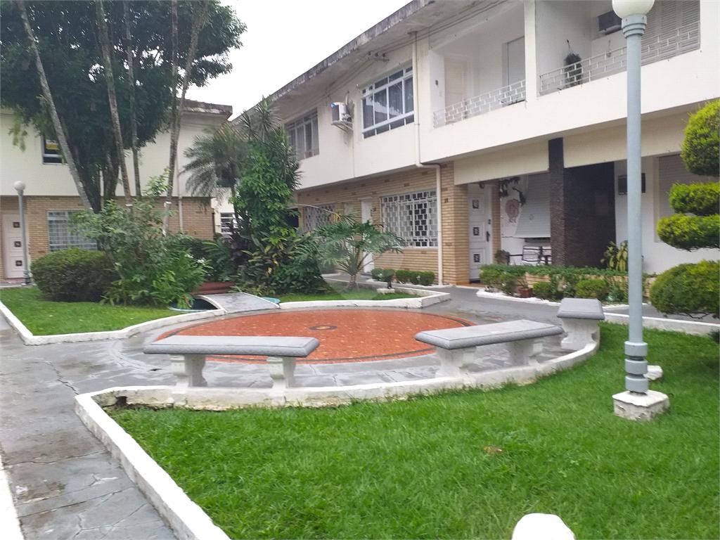 Venda Casa de vila Santos Vila Mathias REO402209 25