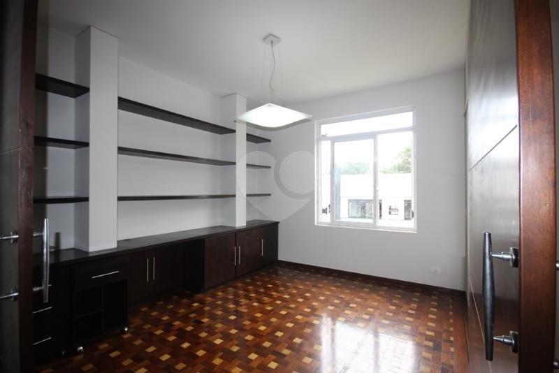 Venda Casa São Paulo Pacaembu REO40428 32