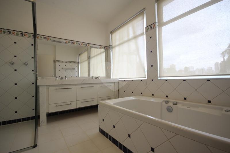 Venda Casa São Paulo Pacaembu REO40428 15