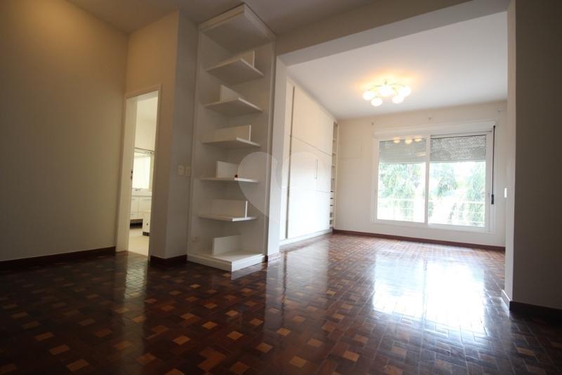 Venda Casa São Paulo Pacaembu REO40428 44