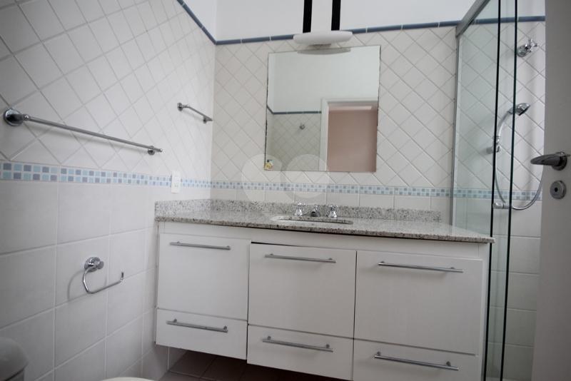 Venda Casa São Paulo Pacaembu REO40428 42