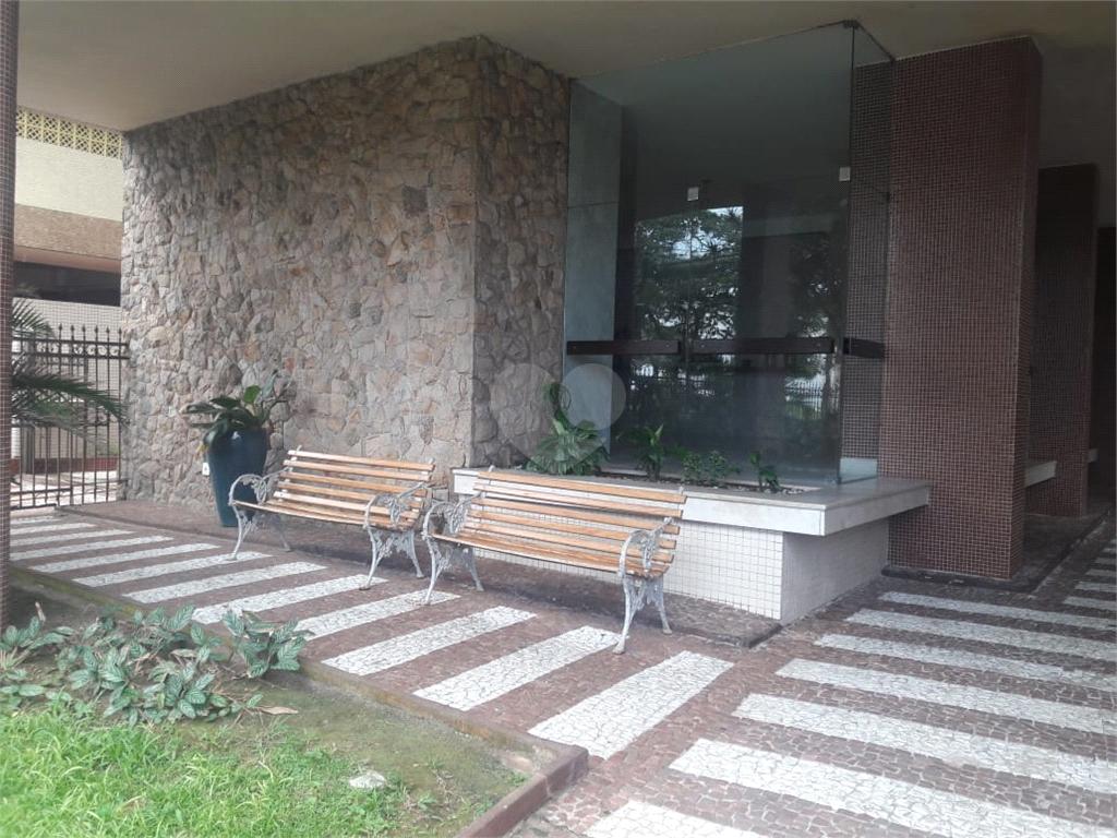 Venda Apartamento Santos Gonzaga REO404319 31