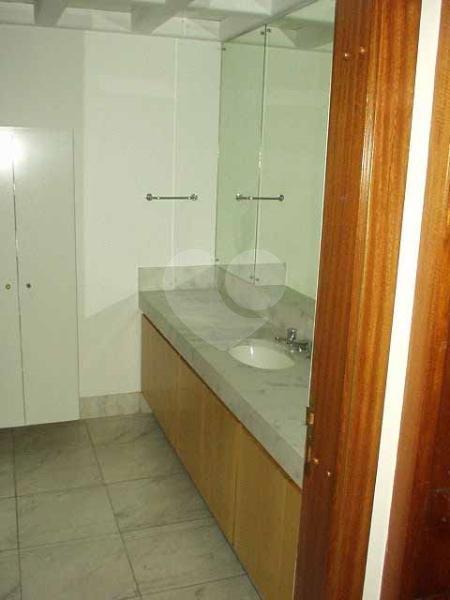 Venda Casa de vila São Paulo Retiro Morumbi REO42443 34