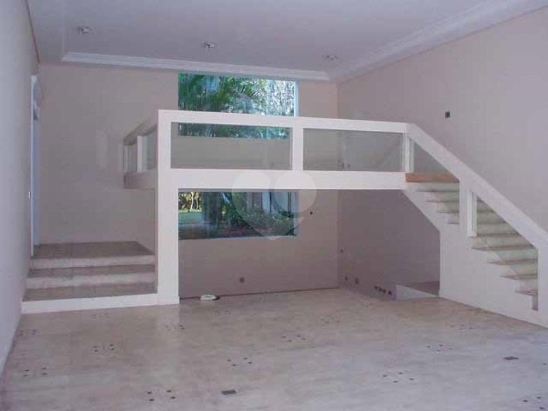 Venda Casa de vila São Paulo Retiro Morumbi REO42443 17