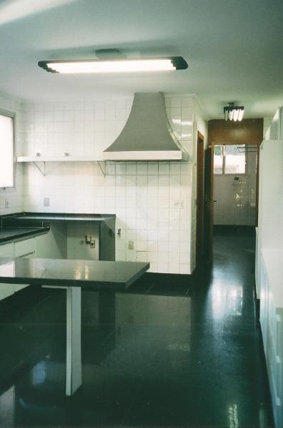 Venda Casa de vila São Paulo Retiro Morumbi REO42443 36