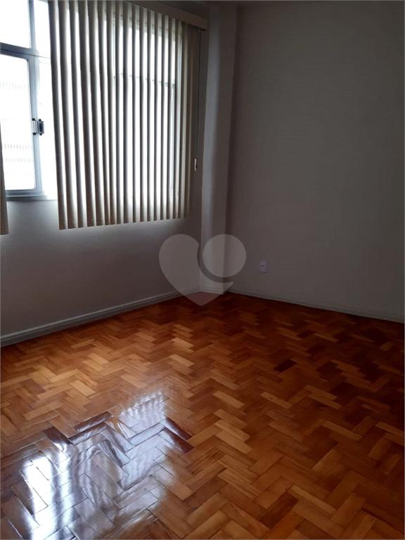 Venda Apartamento Vitória Centro REO445321 11