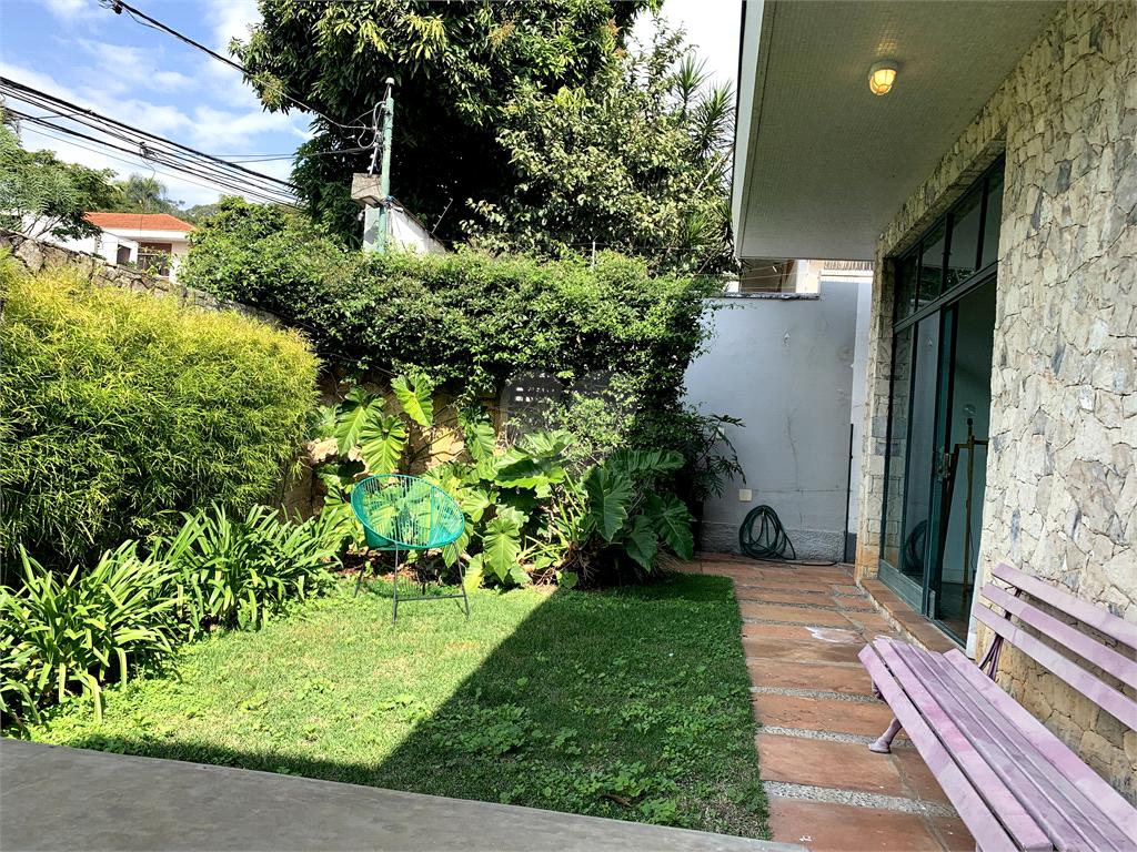 Venda Casa térrea São Paulo Pacaembu REO450730 4