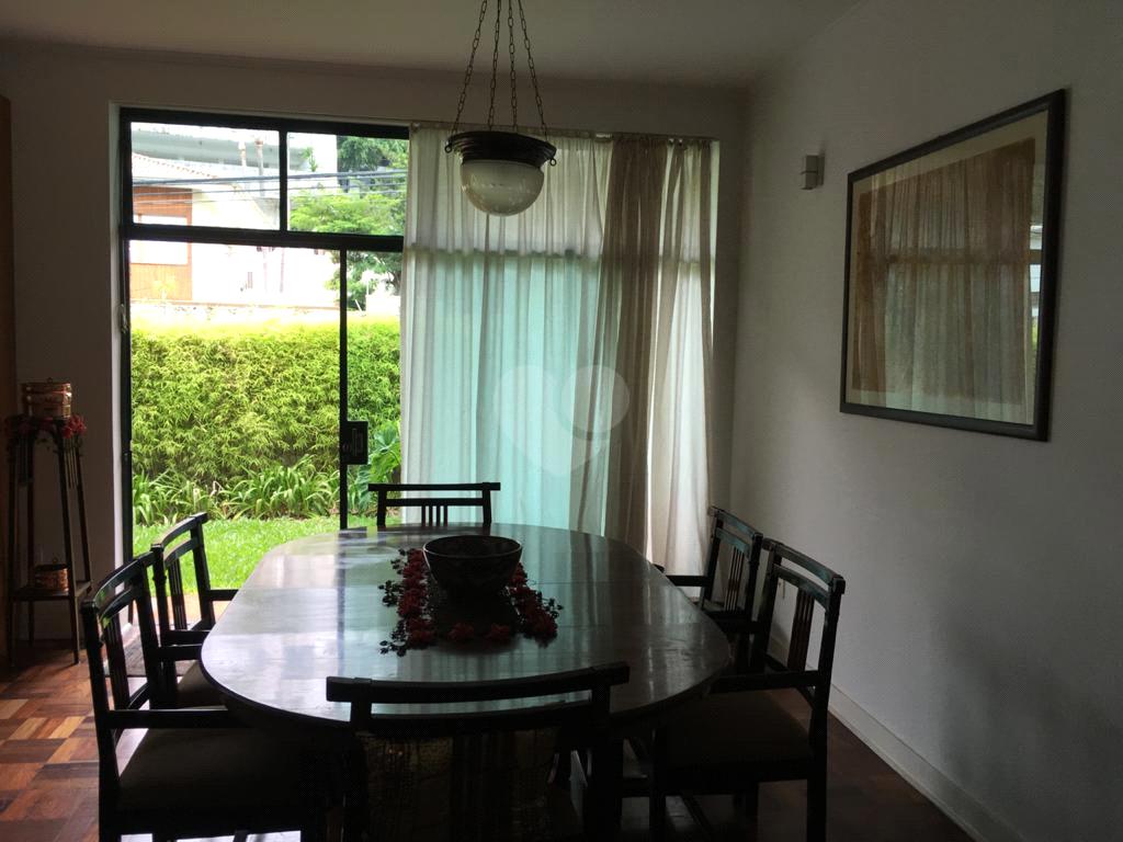 Venda Casa térrea São Paulo Pacaembu REO450730 26