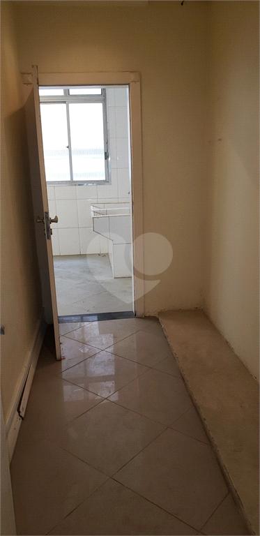 Venda Apartamento Santos Gonzaga REO455916 50