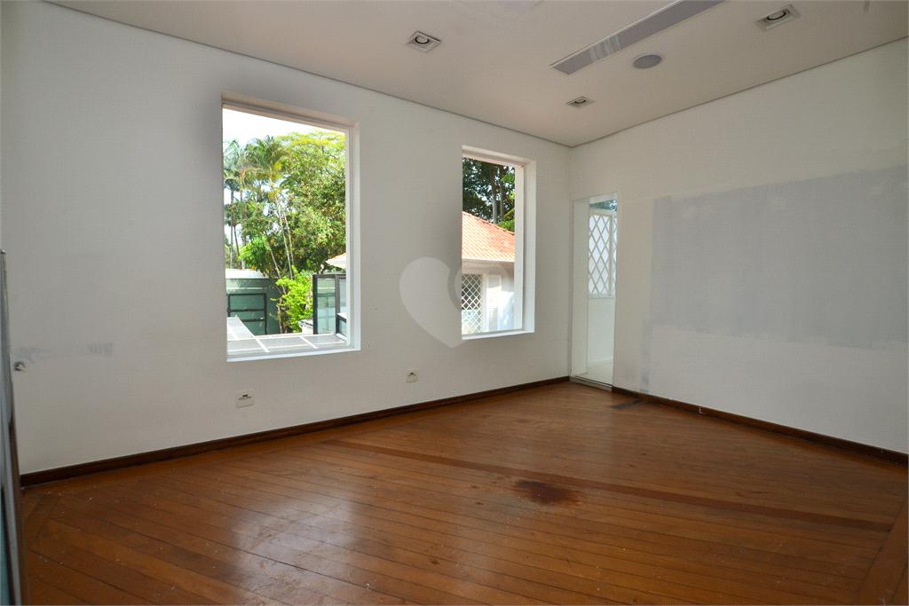 Venda Casa São Paulo Jardim América REO455984 14