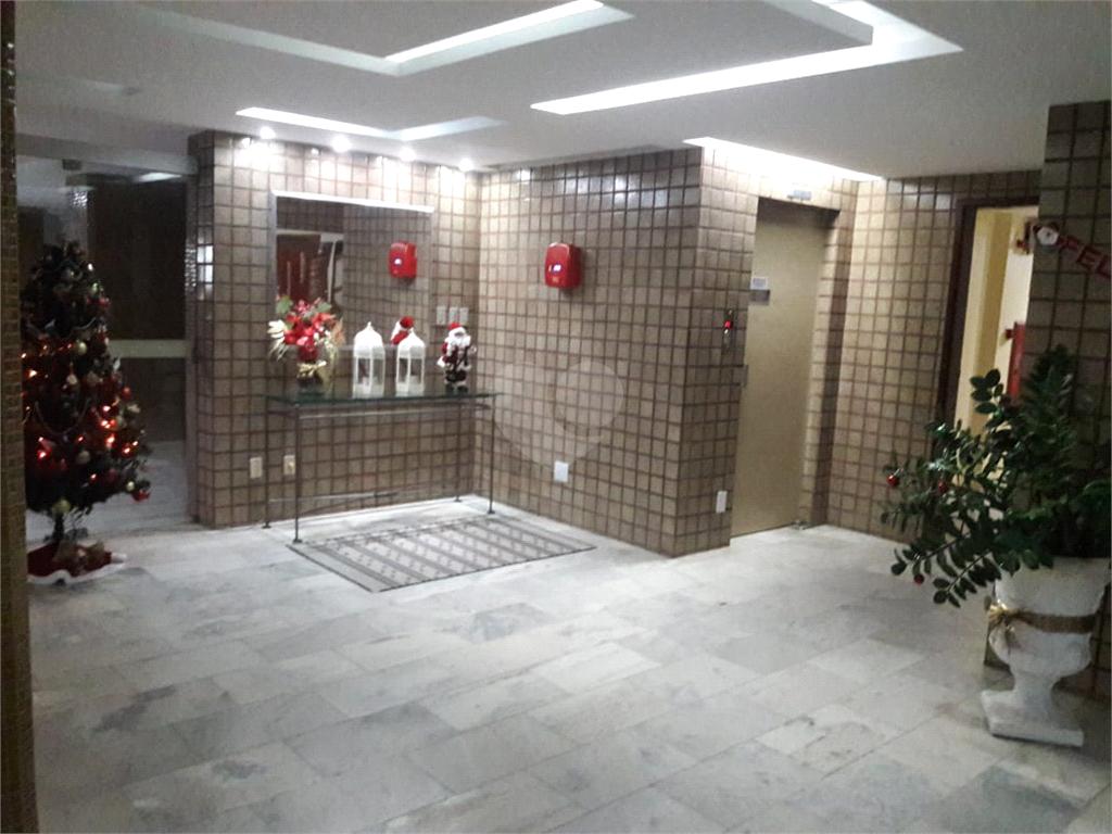 Venda Apartamento Salvador Candeal REO467703 29