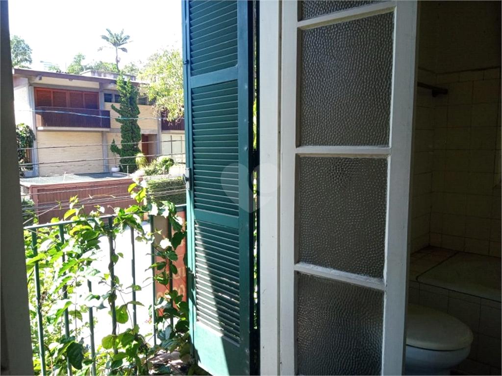 Venda Casa São Paulo Pacaembu REO475624 46