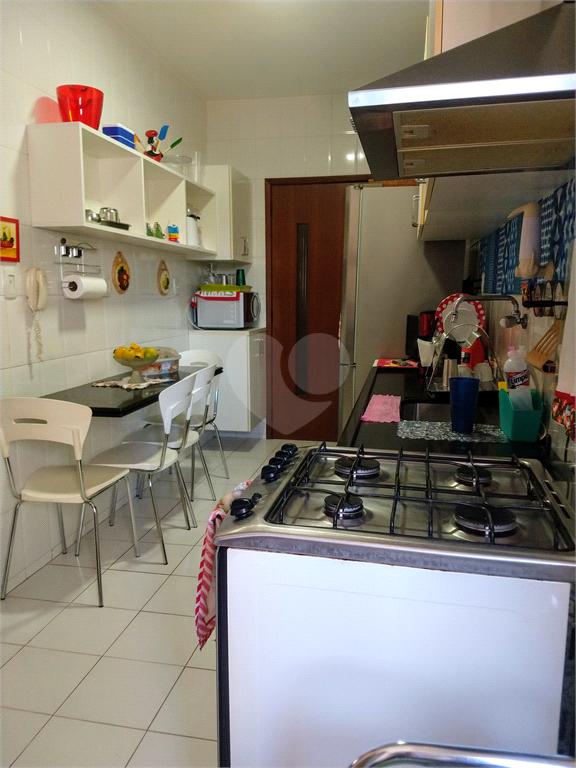 Venda Apartamento Salvador Candeal REO477354 10