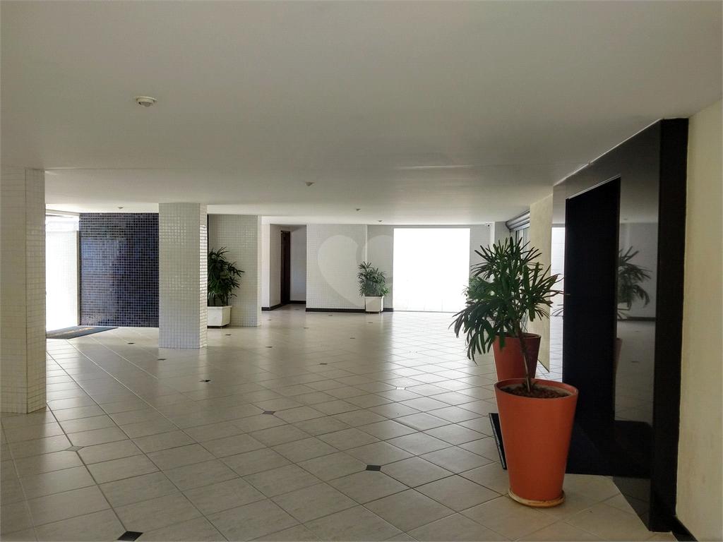 Venda Apartamento Salvador Candeal REO477354 24