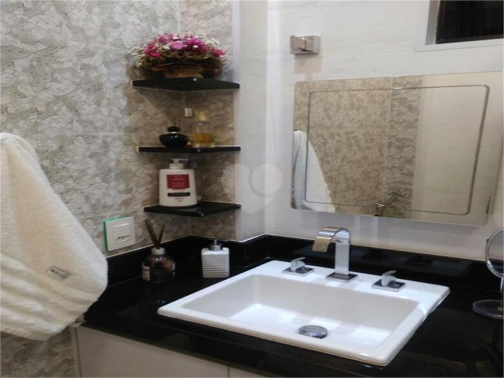 Venda Apartamento Santos Campo Grande REO477954 18