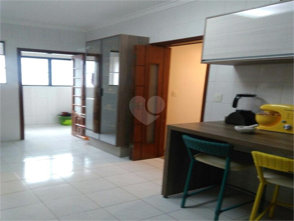 Venda Apartamento Santos Campo Grande REO477954 6