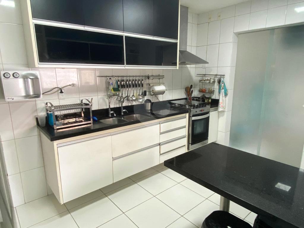 Venda Apartamento Salvador Barra REO482409 31