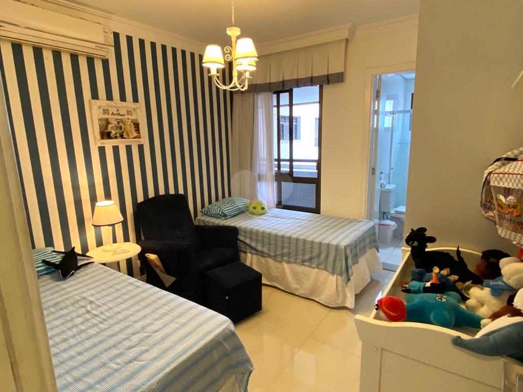Venda Apartamento Salvador Barra REO482409 28