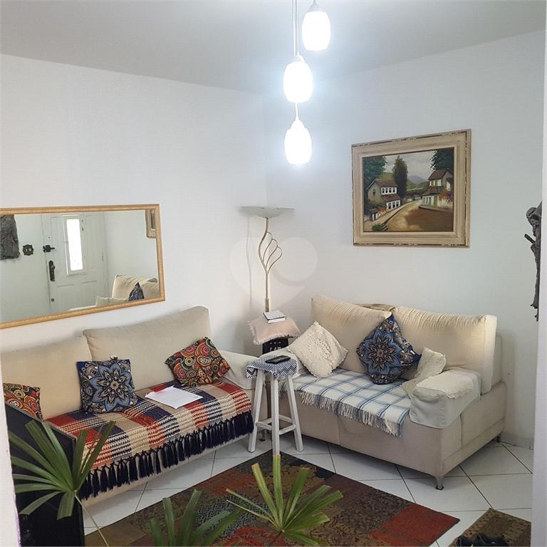 Venda Casa de vila São Paulo Santana REO500595 3