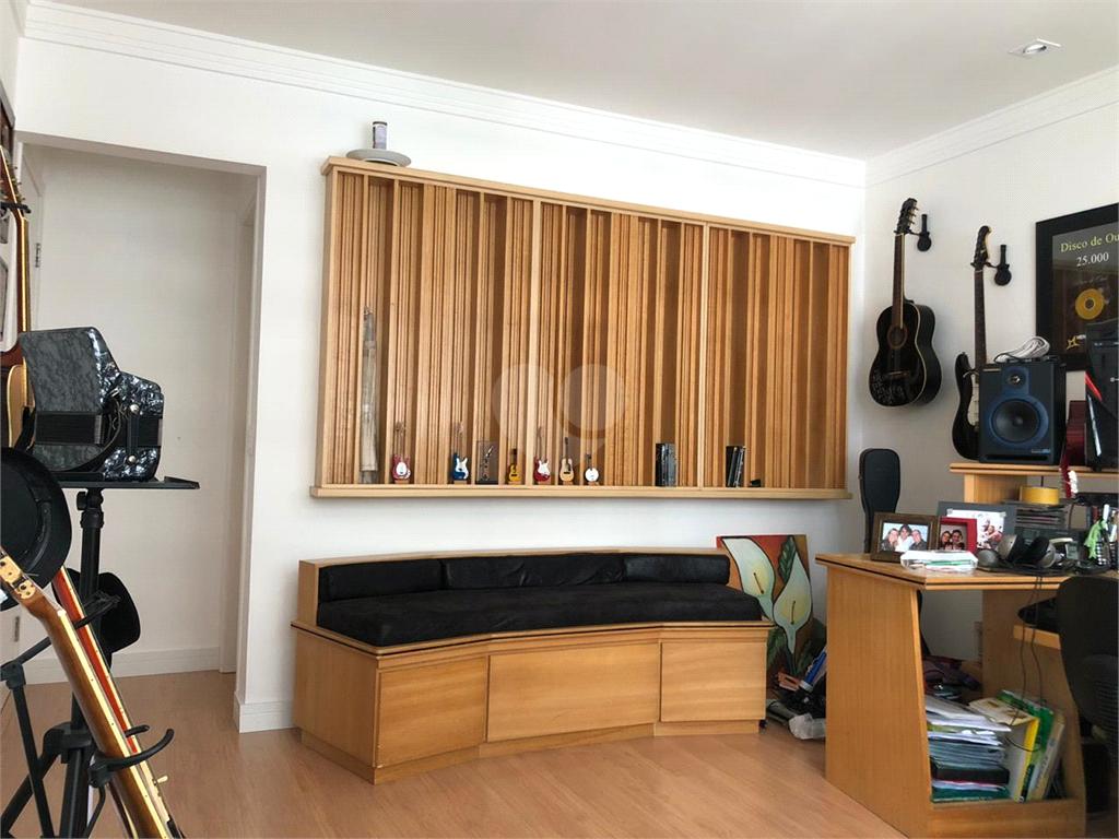 Venda Apartamento Santos Pompéia REO505963 27