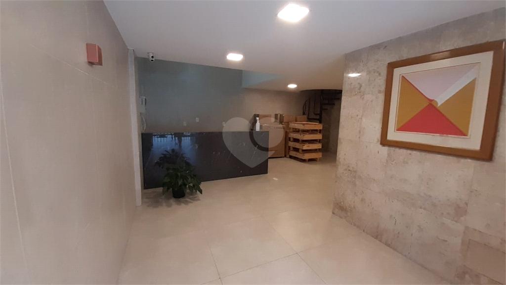 Venda Salas Vitória Santa Lúcia REO511361 12