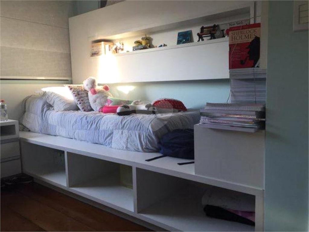 Venda Apartamento Santos Gonzaga REO517552 11