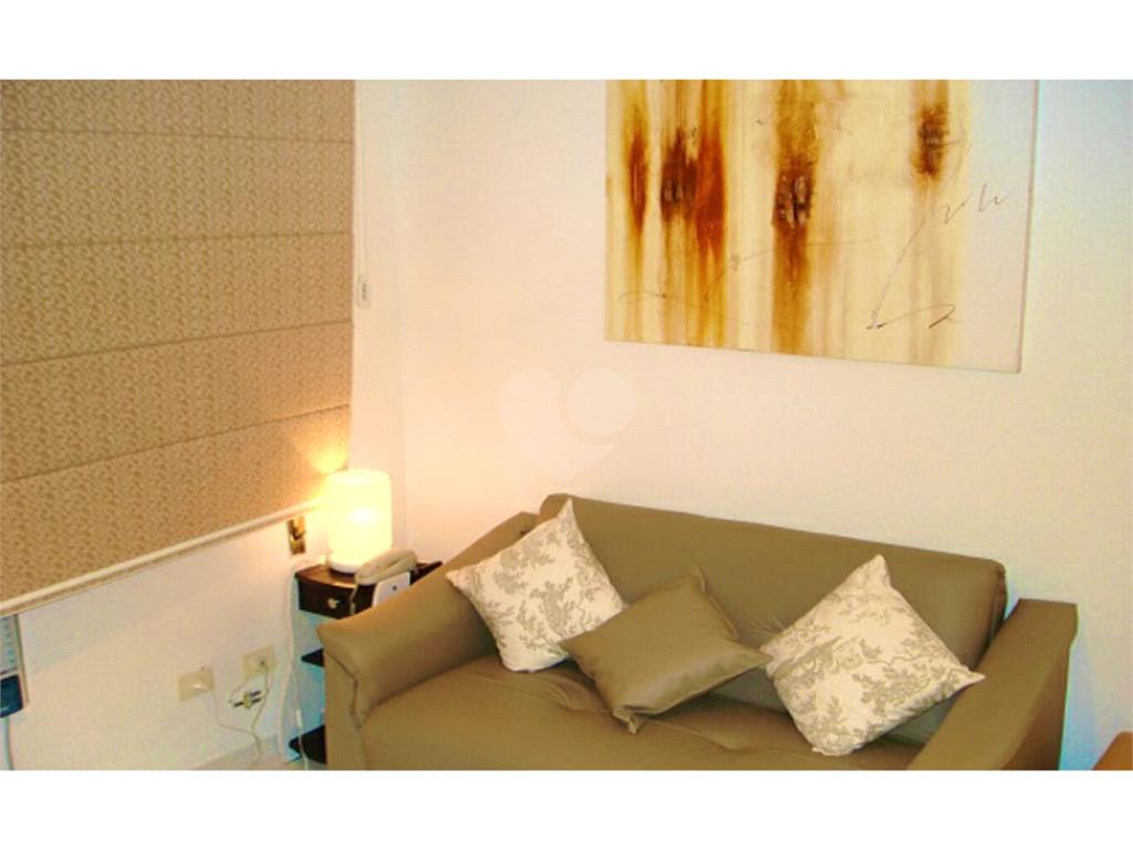 Venda Apartamento Santos Gonzaga REO522911 19