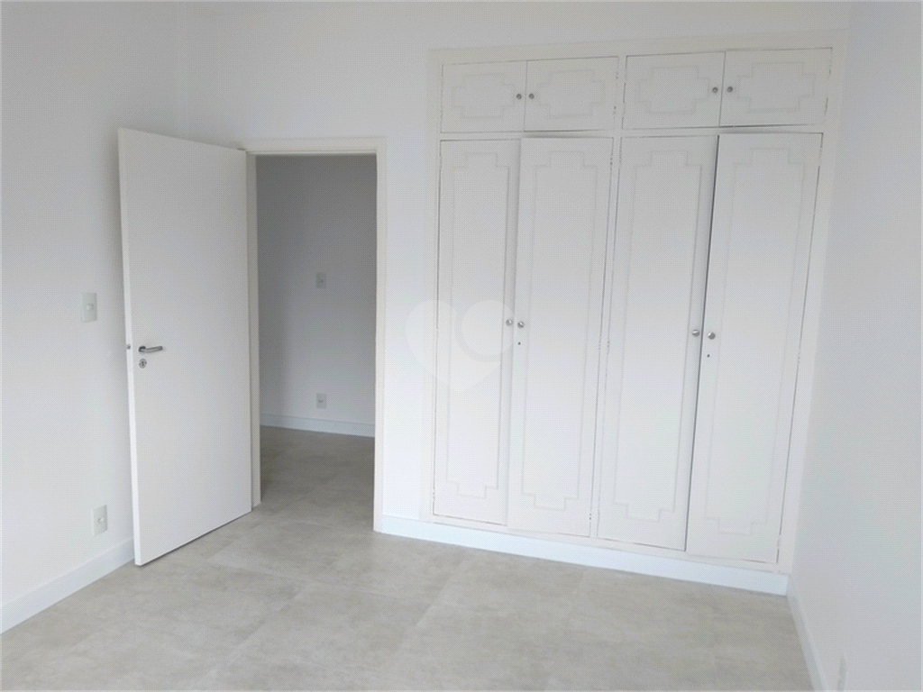 Venda Apartamento Santos Boqueirão REO526200 24
