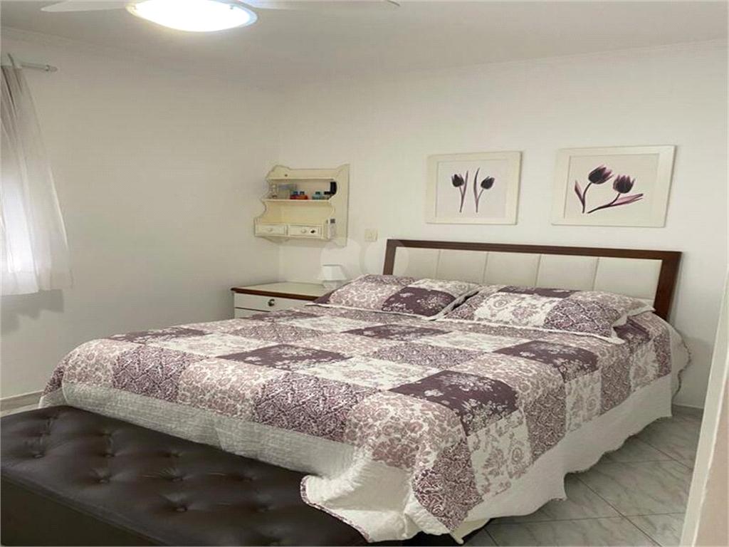 Venda Apartamento Santos Gonzaga REO526913 32