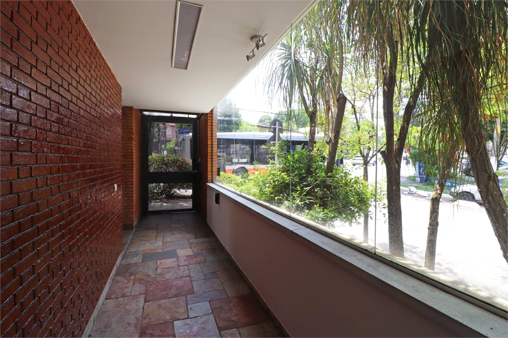 Venda Casa São Paulo Sumarezinho REO530611 12