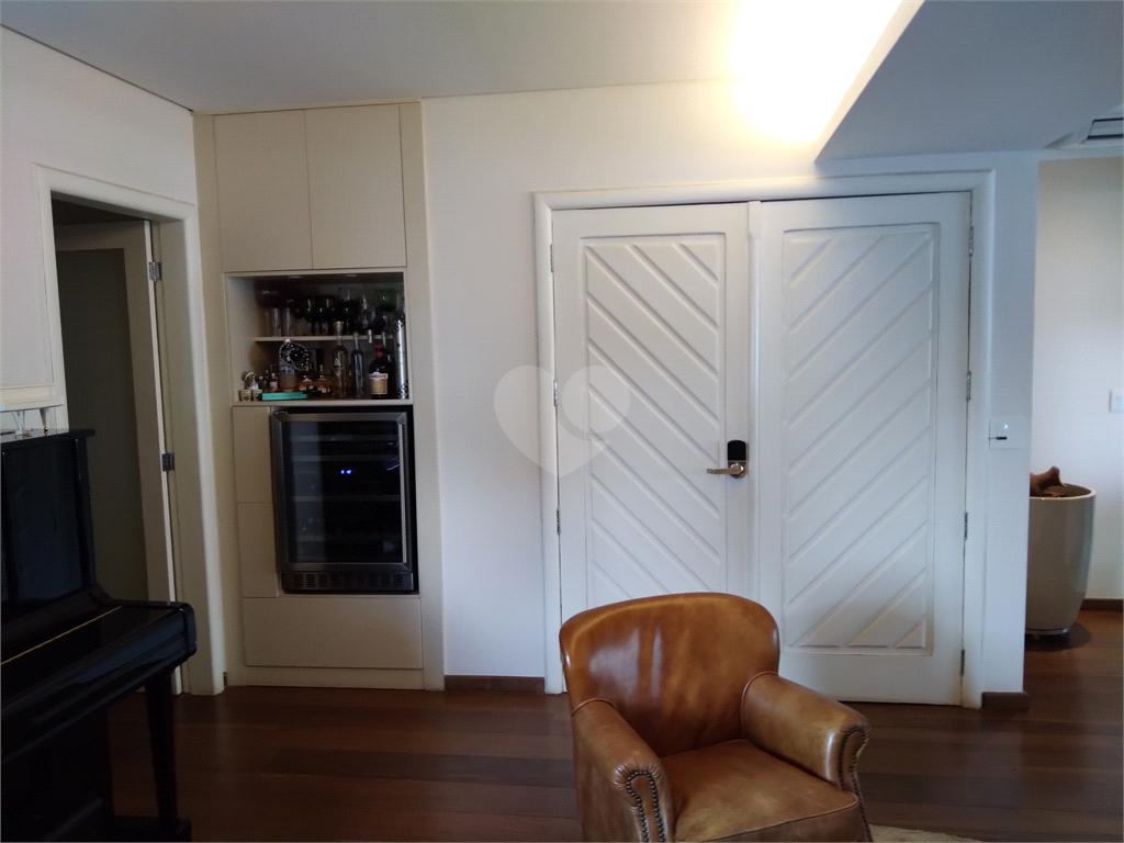 Venda Apartamento Campinas Cambuí REO533576 3
