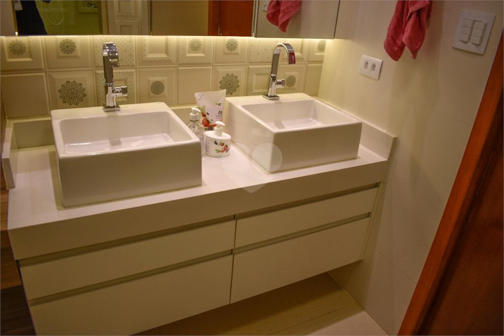 Venda Apartamento Santos Gonzaga REO535139 12